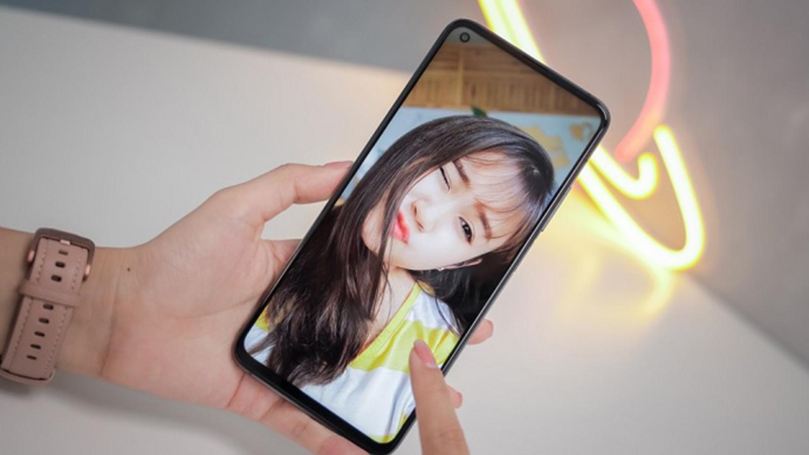 Xiaomi gợi ý lý do để tăng giá điện thoại