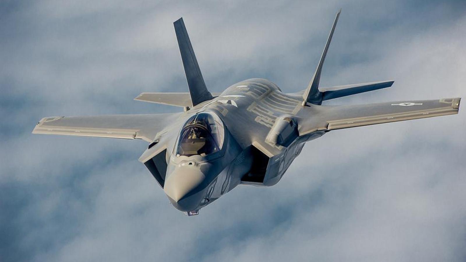 Vì sao tiêm kích tàng hình F-35 của Mỹ cần được trang bị hệ thống pháo nòng xoay GAU-22/A?