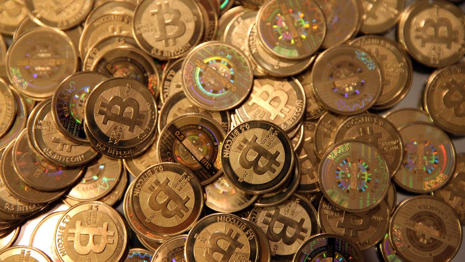 """Các thương vụ """"khủng"""" giao dịch bằng Bitcoin"""