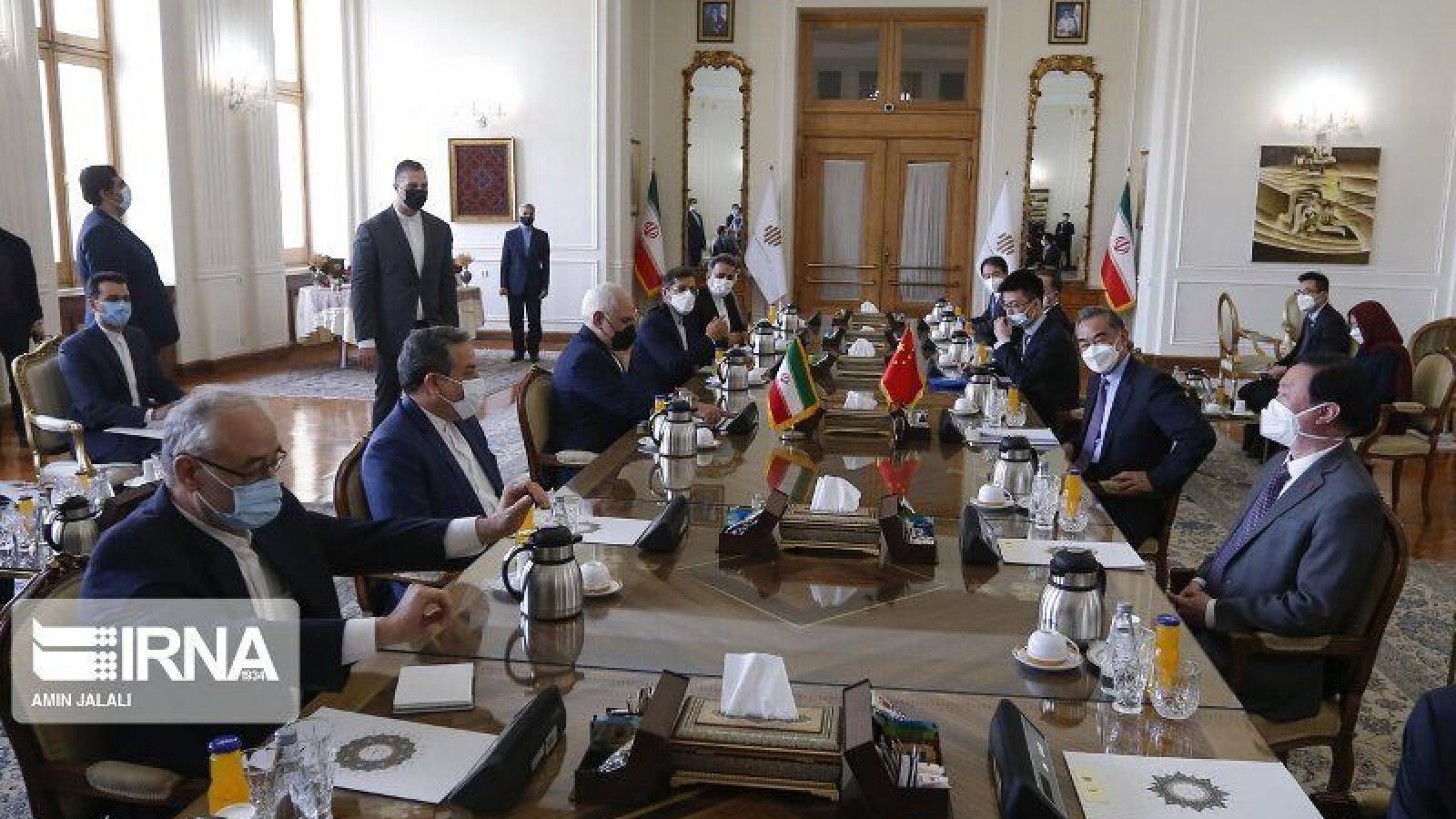 Iran và Trung Quốc ký hiệp ước hợp tác chiến lược 25 năm