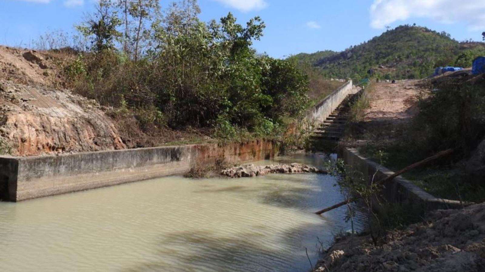 3 học sinh lớp 5 đuối nước thương tâm ở Kon Tum