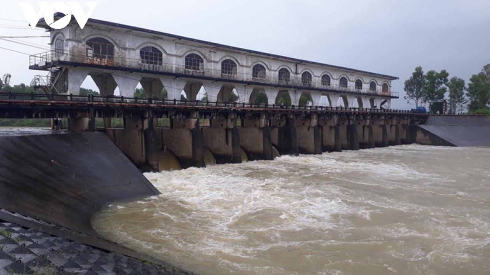 Quảng Nam đồng ý đắp đập tạm trên sông Quảng Huế để giảm nhiễm mặn cho Đà Nẵng