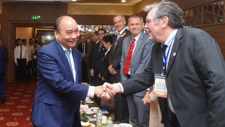 Foreign development partners pledge to address climate change in Vietnam