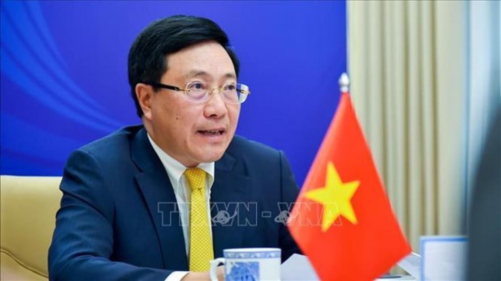 Vietnam, ASEAN cooperate to drive back pandemic