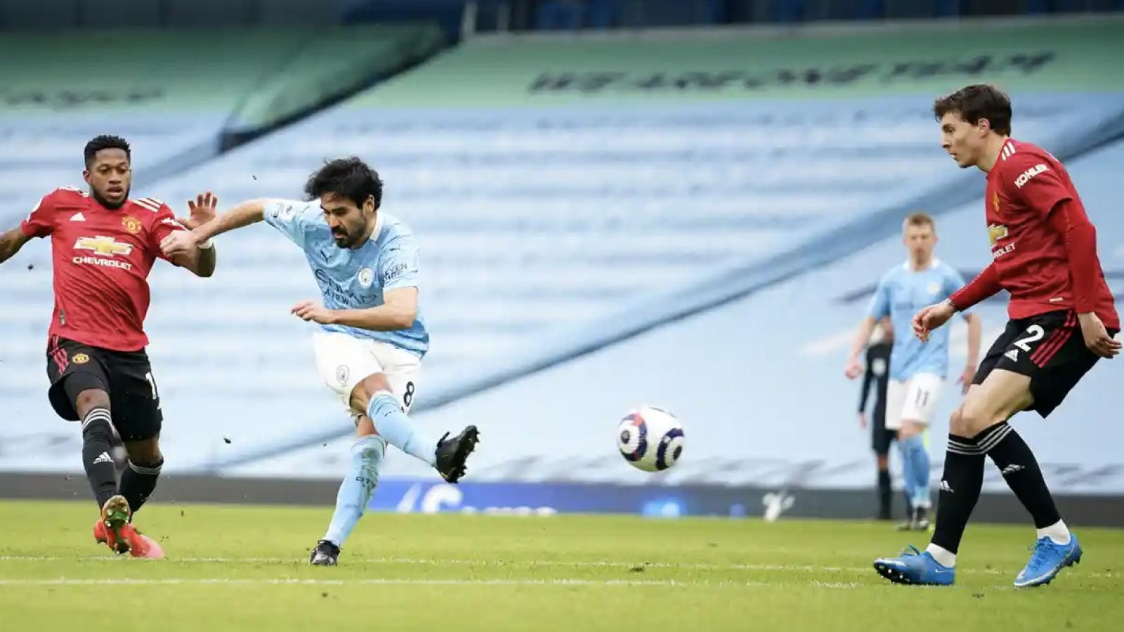TRỰC TIẾP Man City 0 - 2 MU: Luke Shaw nhân đôi cách biệt