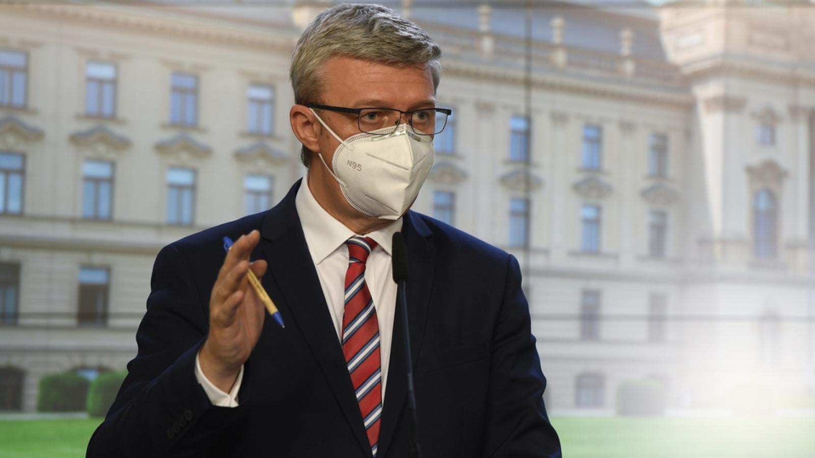 Các công ty lớn ở Séc bắt buộc phải xét nghiệm Covid-19 cho nhân viên