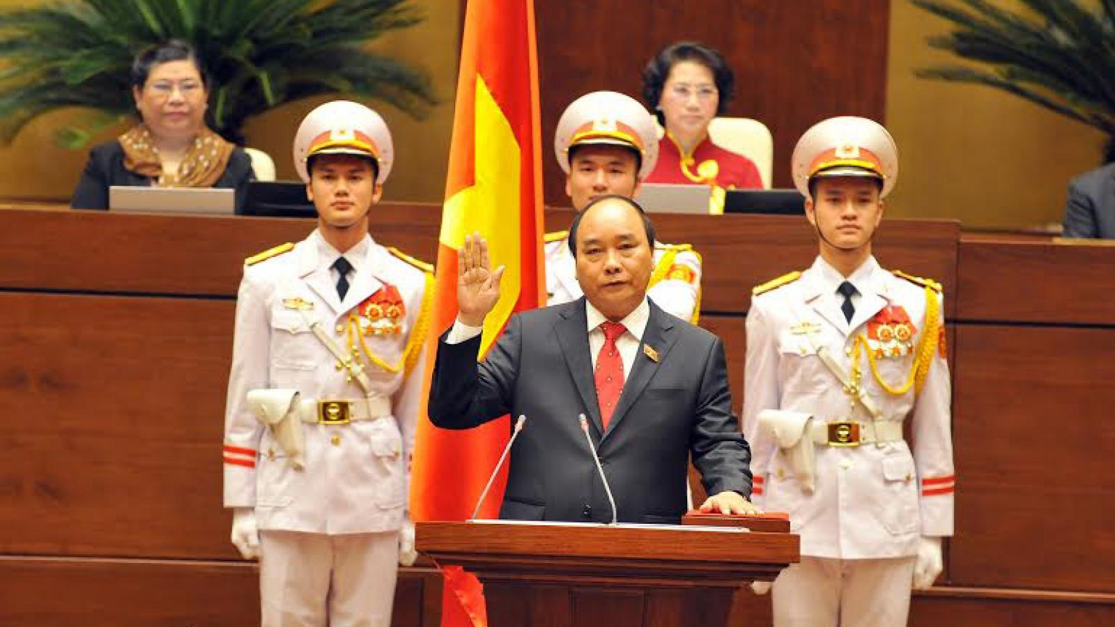 Vì sao kiện toàn các chức danh chủ chốt phải tuyên thệ 2 lần?