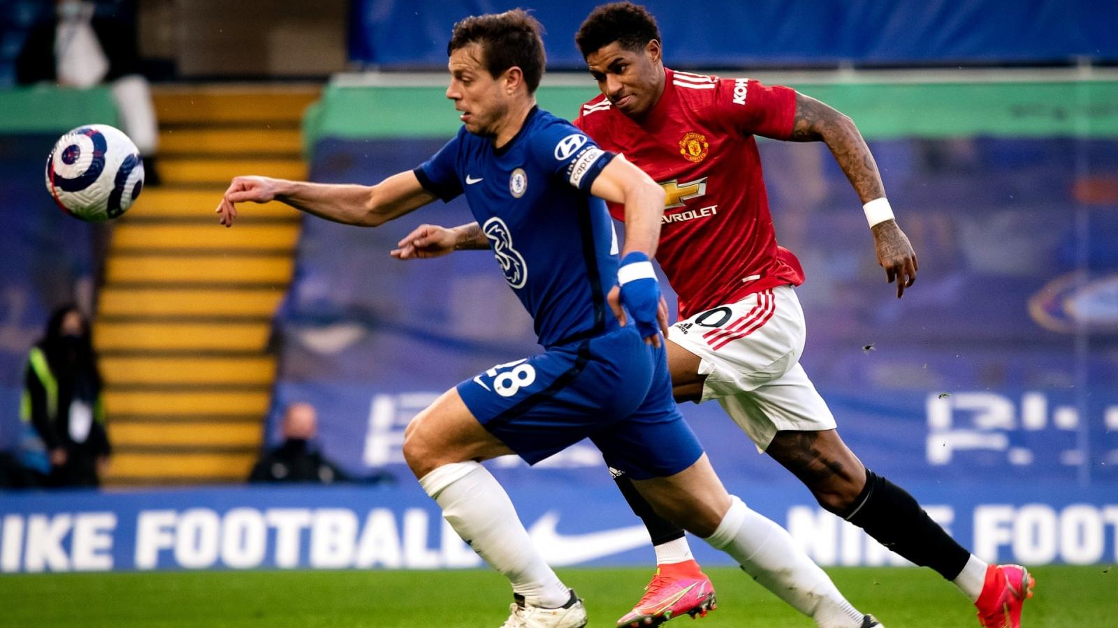 Chia điểm trên sân Chelsea, MU kém đội đầu bảng Man City 12 điểm