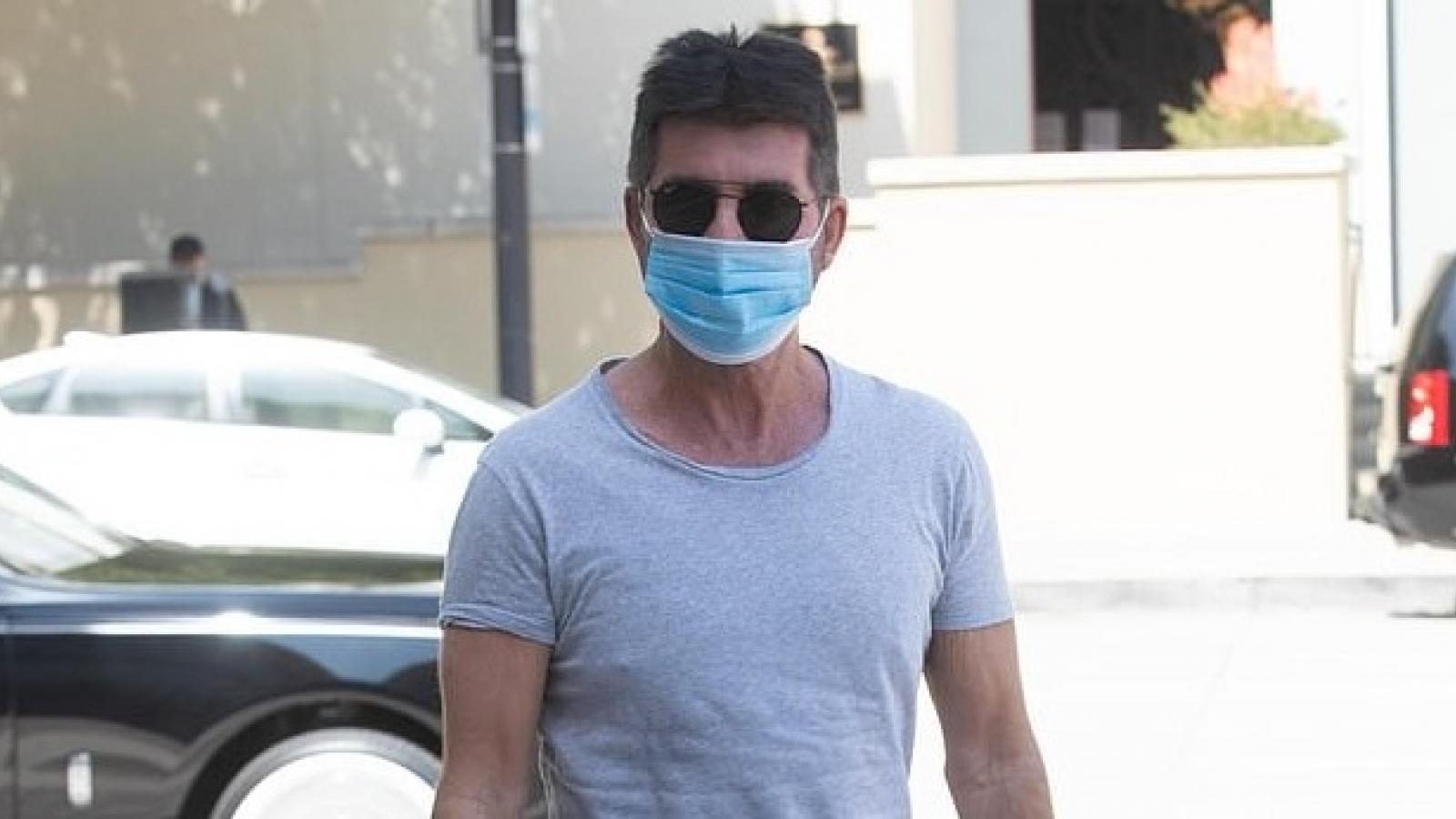 """Simon Cowell giản dị đến trường quay để ghi hình """"America's Got Talent"""""""