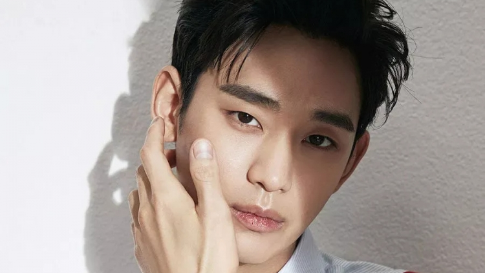 Kim Soo Hyun nhận mức cát xê cao nhất trong lịch sử phim truyền hình Hàn Quốc?