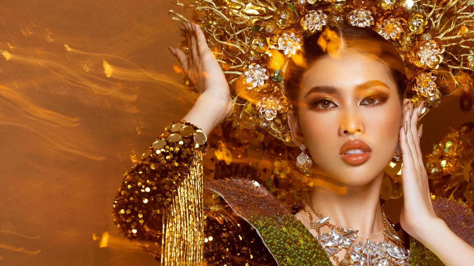 Chiêm ngưỡng trang phục dân tộc 30kg của Ngọc Thảo tại Miss Grand International 2020