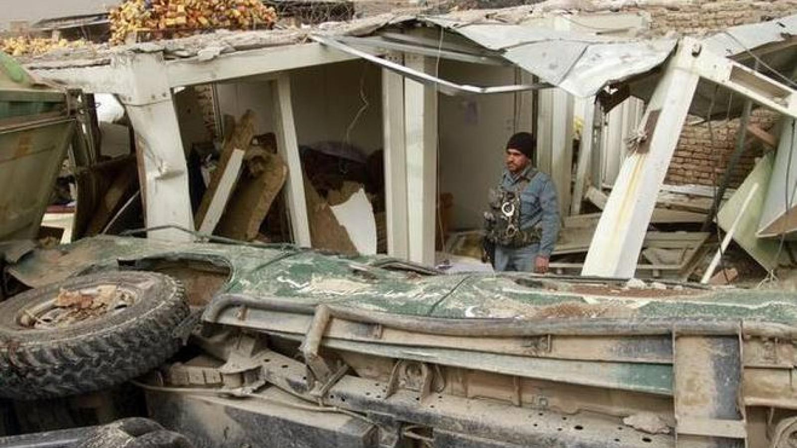Ít nhất 13 người thương vong trong 2 vụ nổ kép ở Afghanistan
