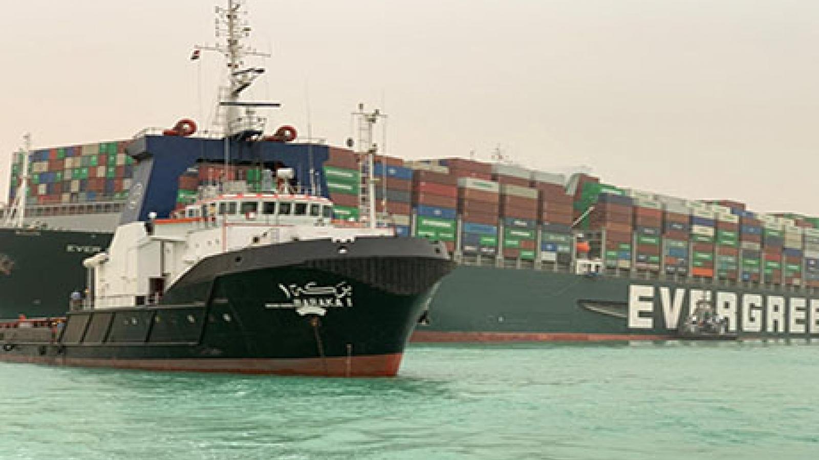 Ai Cập đang chạy đua với thời gian để khôi phục giao thông ở kênh đào Suez