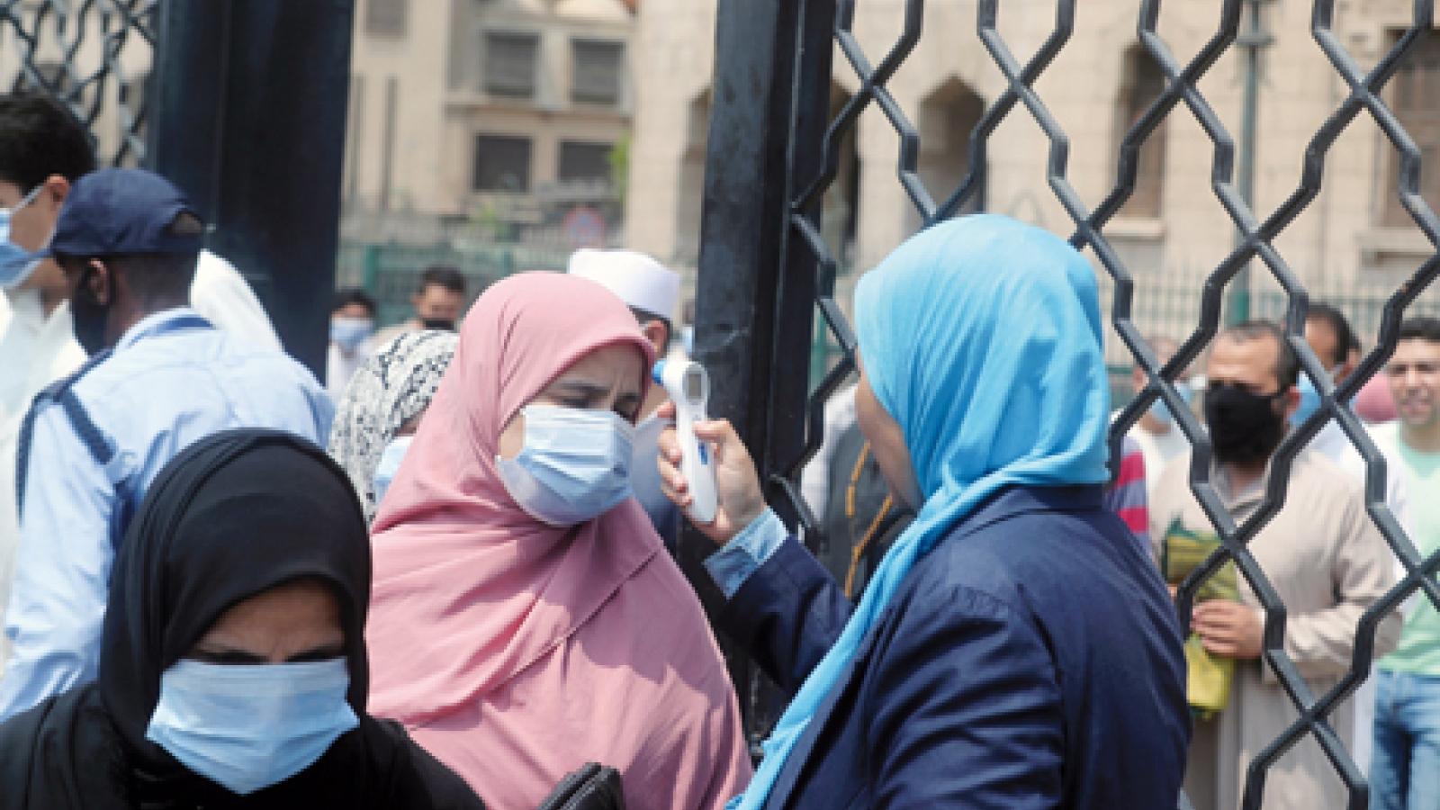 Ai Cập đứng trước đợt bùng phát dịch Covid-19 thứ 3