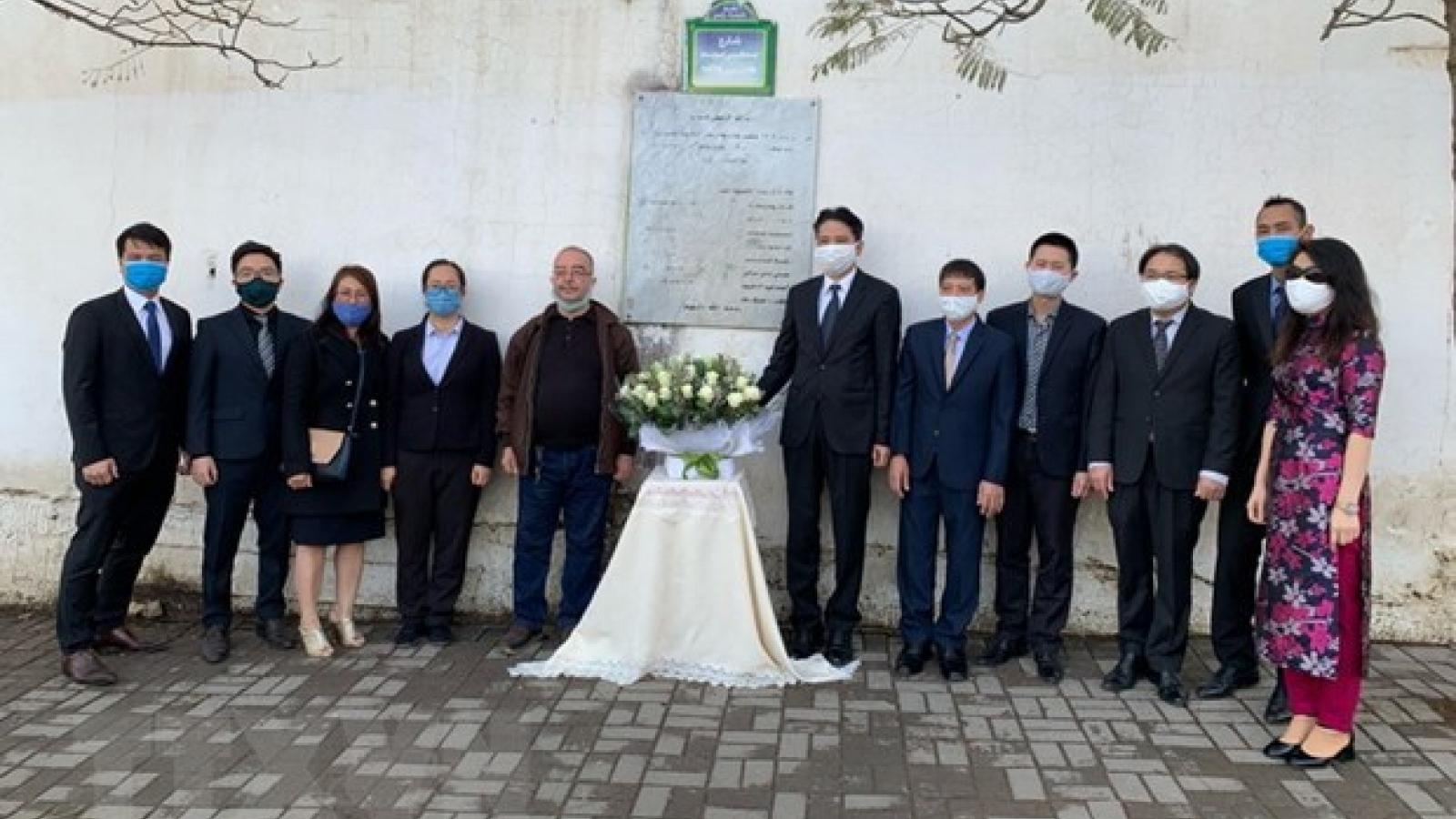 Diplomats commemorate fallen Algerian journalists in Vietnam