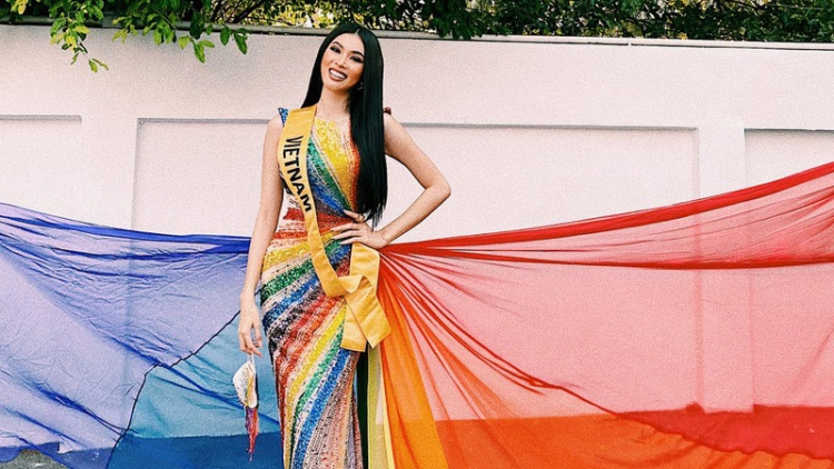 Ngoc Thao joins opening activity of Miss Grand International