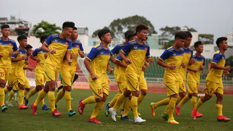 Troussier calls up four new faces to latest Vietnamese U18 squad