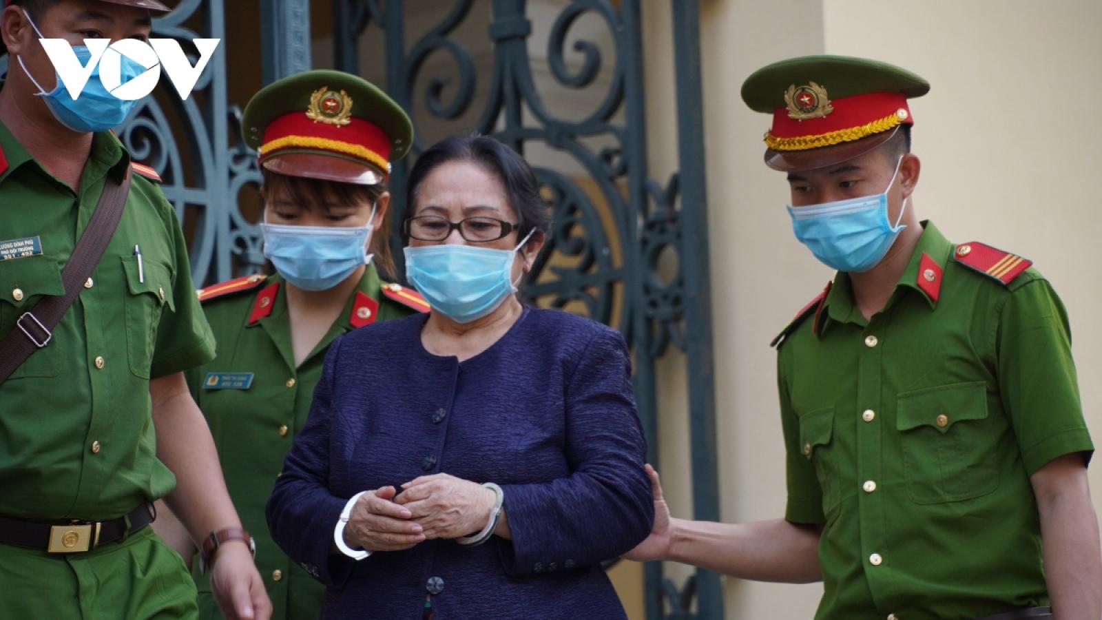 Nữ đại gia Dương Thị Bạch Diệp bị đề nghị tù chung thân
