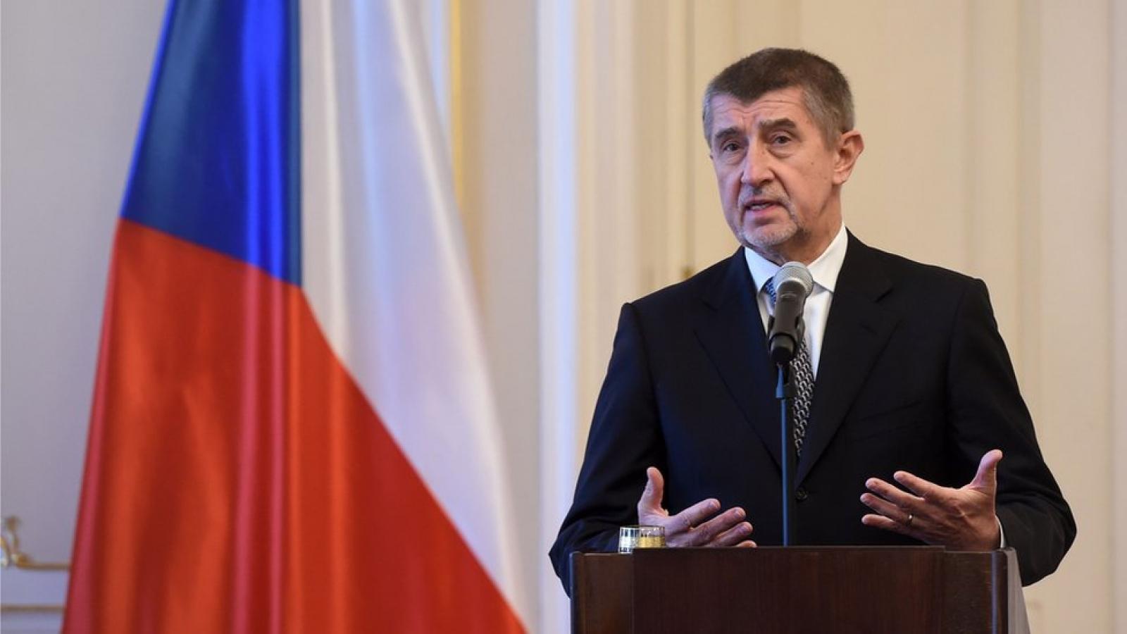 Séc chỉ nhập khẩu vắc xin đã được EU hoặc Bộ Y tế Séc chấp thuận