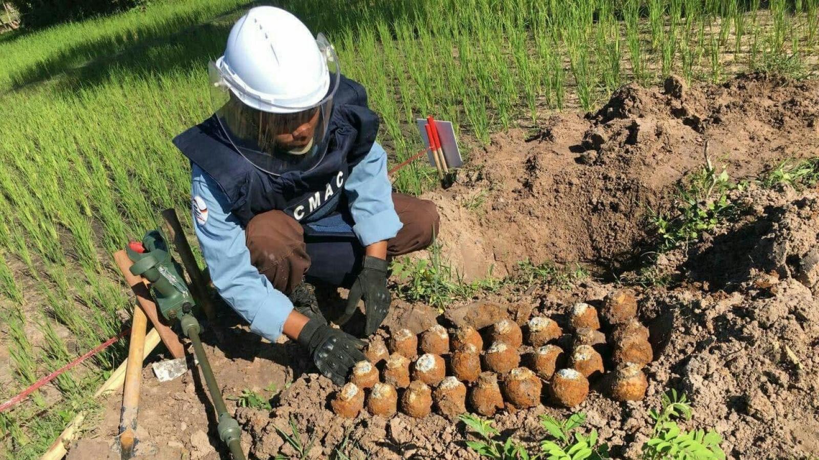 Mỹ viện trợ 1,6 triệu USD để rà phá bom chùm tại Campuchia
