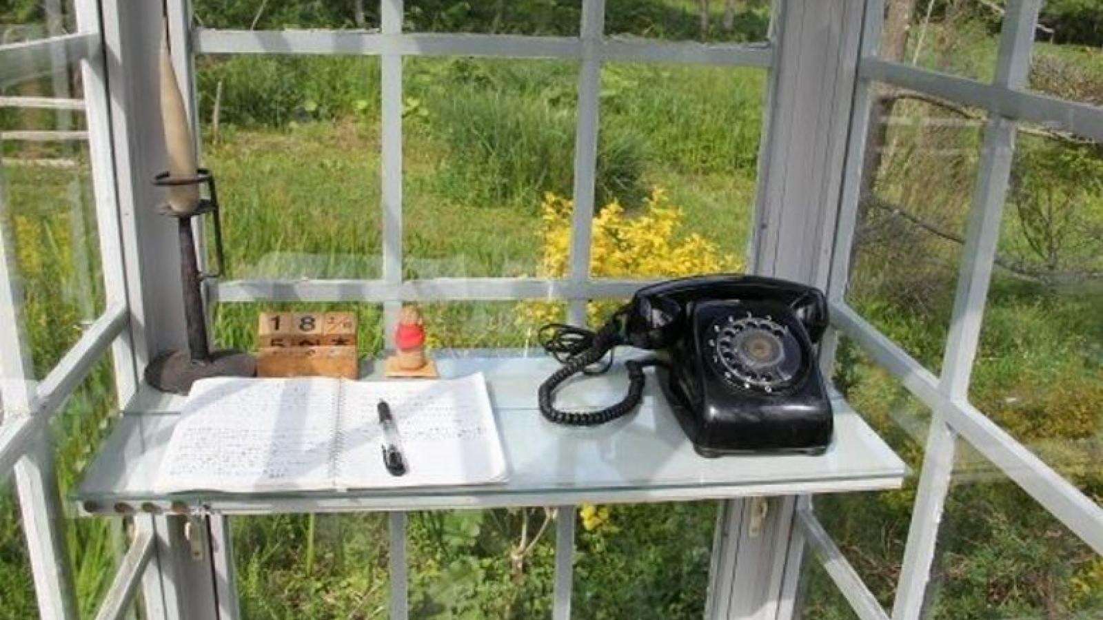 """""""Bốt điện thoại của gió"""", nơi gửi lời yêu thương với người đã khuất"""