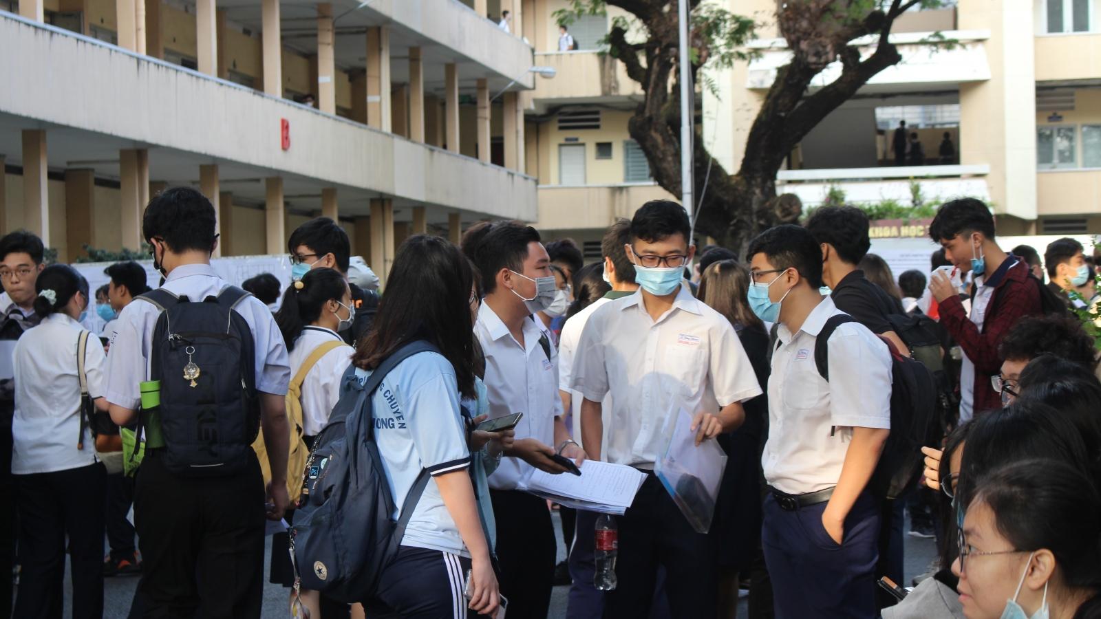 Gần 70.000 thí sinh dự kỳ thi đánh giá năng lực của Đại học Quốc gia TPHCM