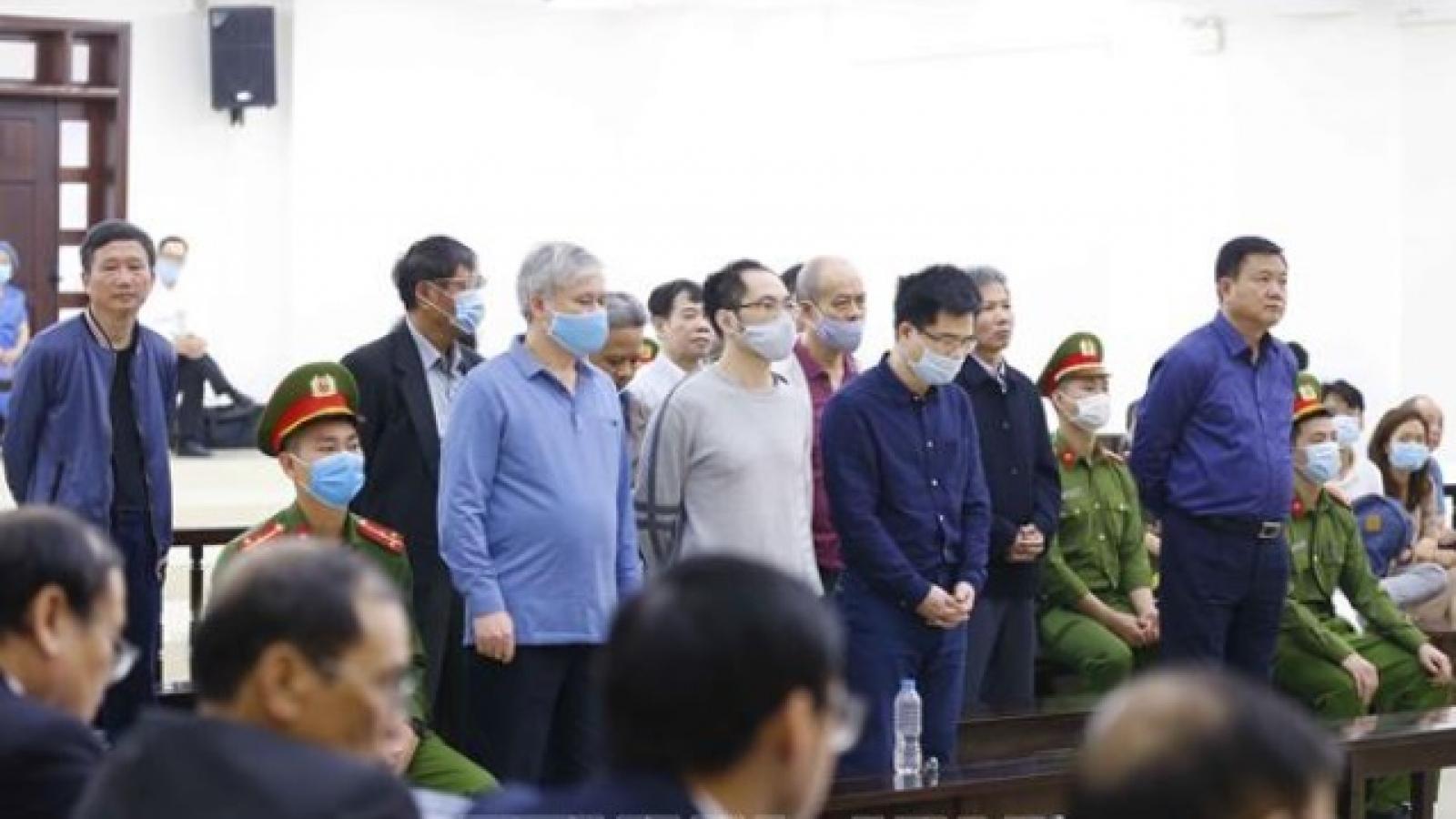 Bị cáo Đinh La Thăng lãnh 11 năm tù, Trịnh Xuân Thanh 18 năm tù vụ Ethanol Phú Thọ