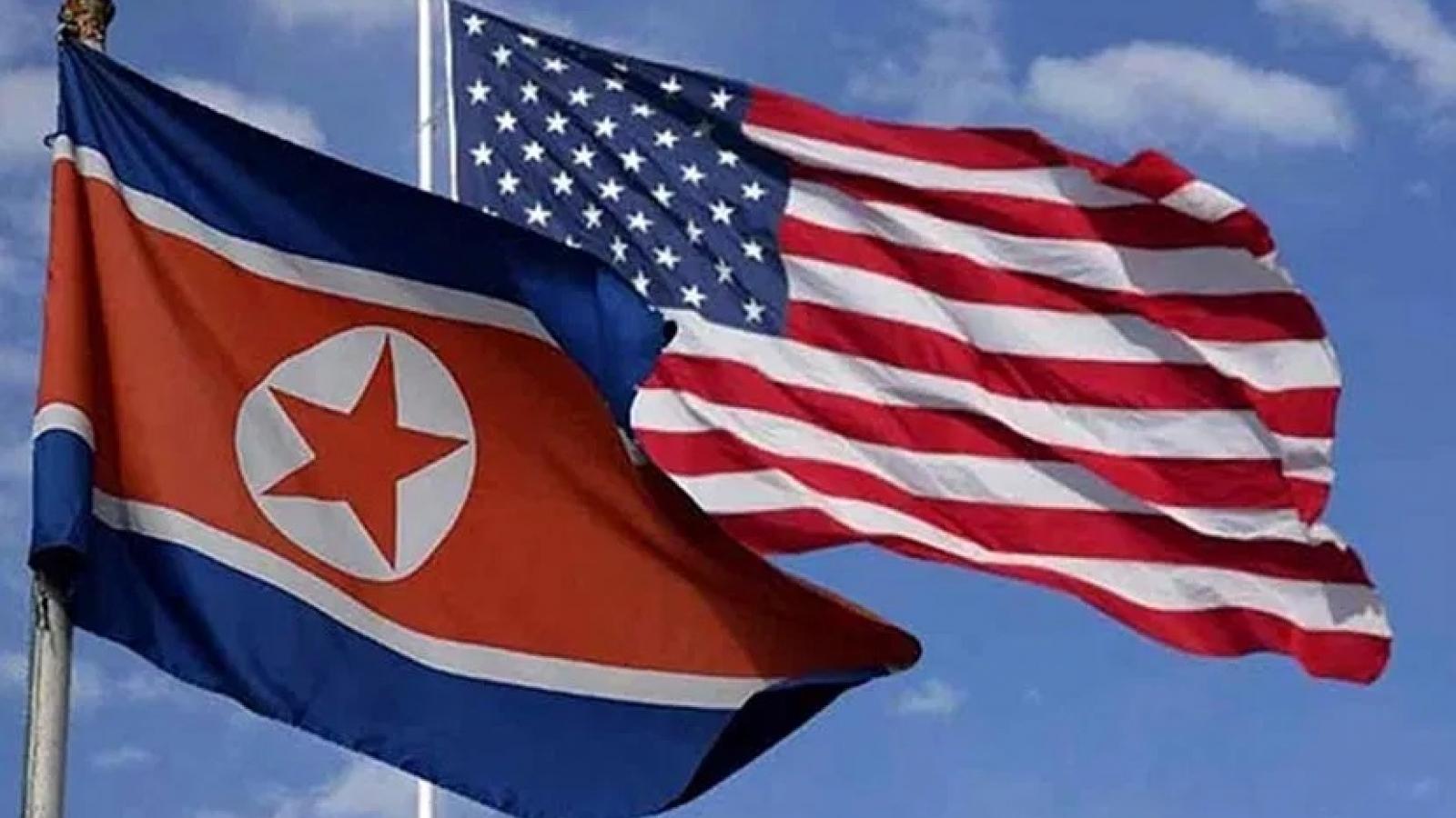 """Mỹ và Triều Tiên lần đầu """"lời qua, tiếng lại"""" – Liên Hợp Quốc điều tra vụ phóng tên lửa"""