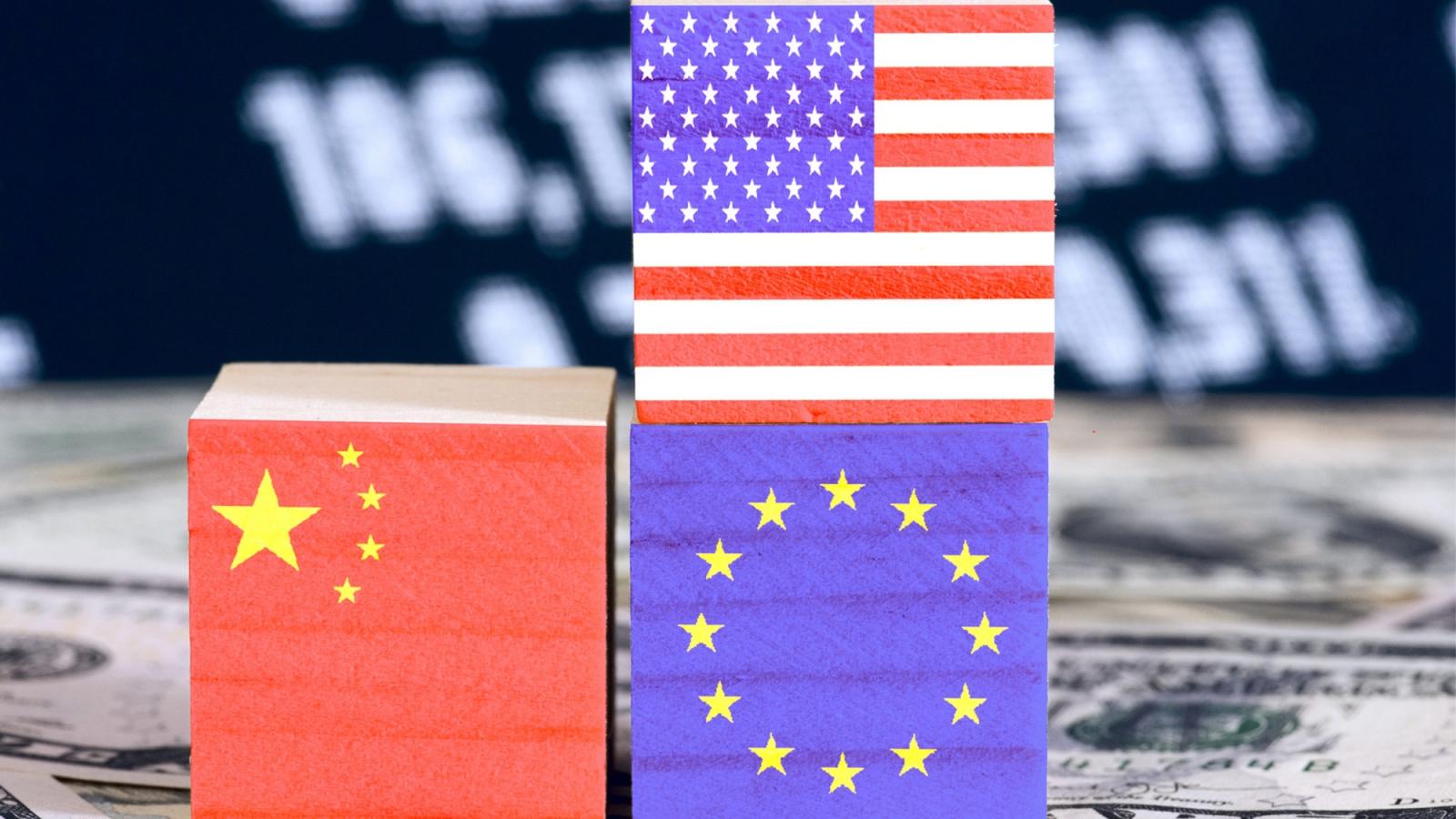 Châu Âu trong cuộc co kéo Mỹ - Trung: Trung lập, chọn phe hay tự lực cánh sinh?