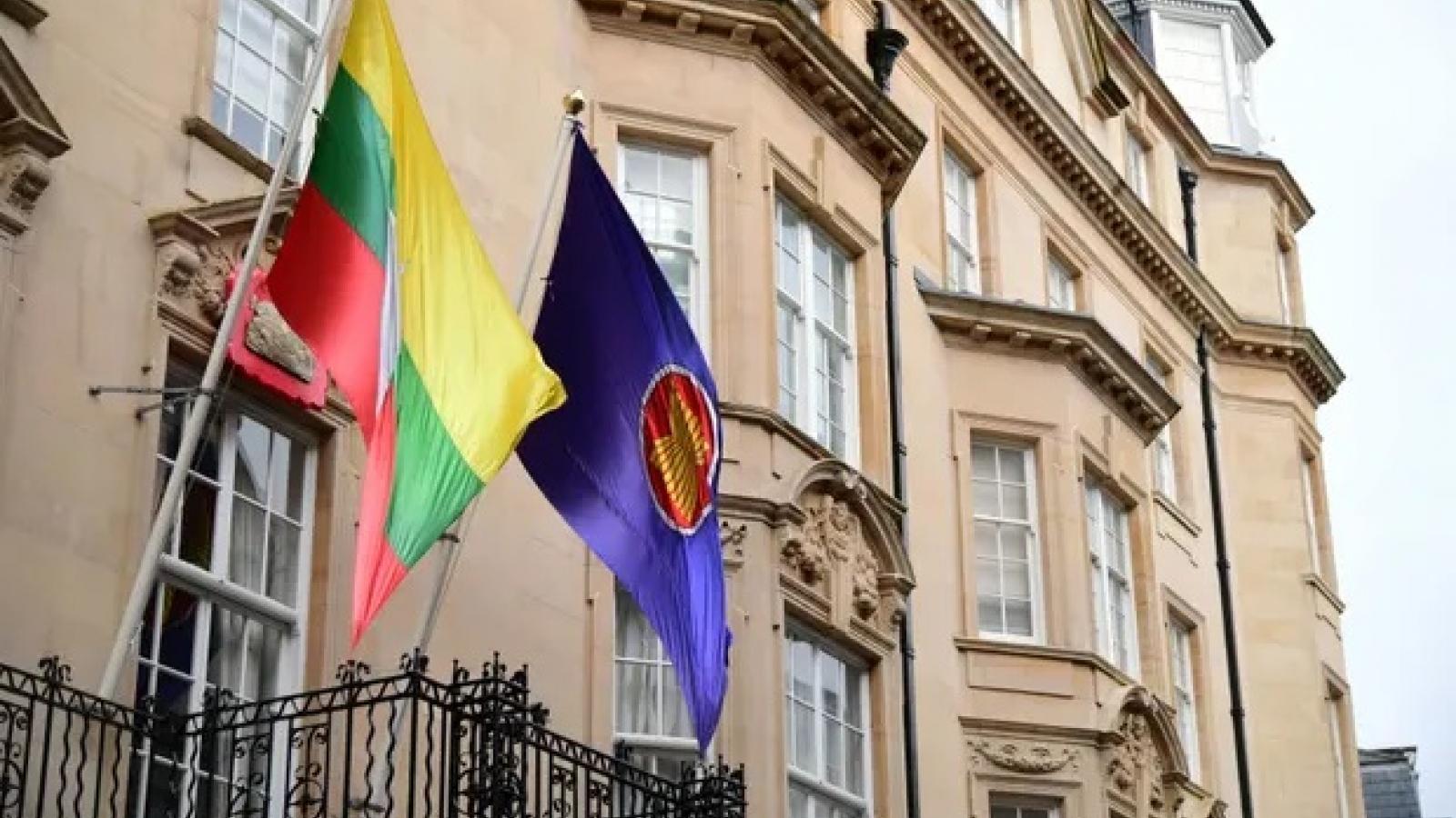 Lên tiếng phản đối đảo chính quân sự, Đại sứ Myanmar tại Anh lập tức bị triệu hồi