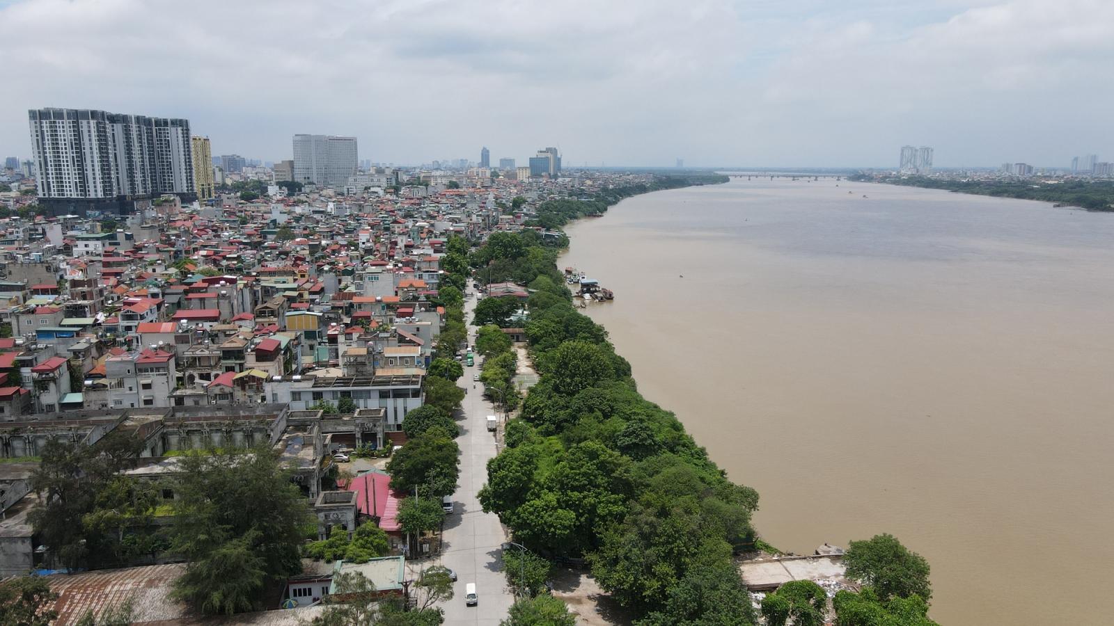 'Sốt đất' ven sông Hồng: 1 tuần giá tăng gấp đôi, gấp ba