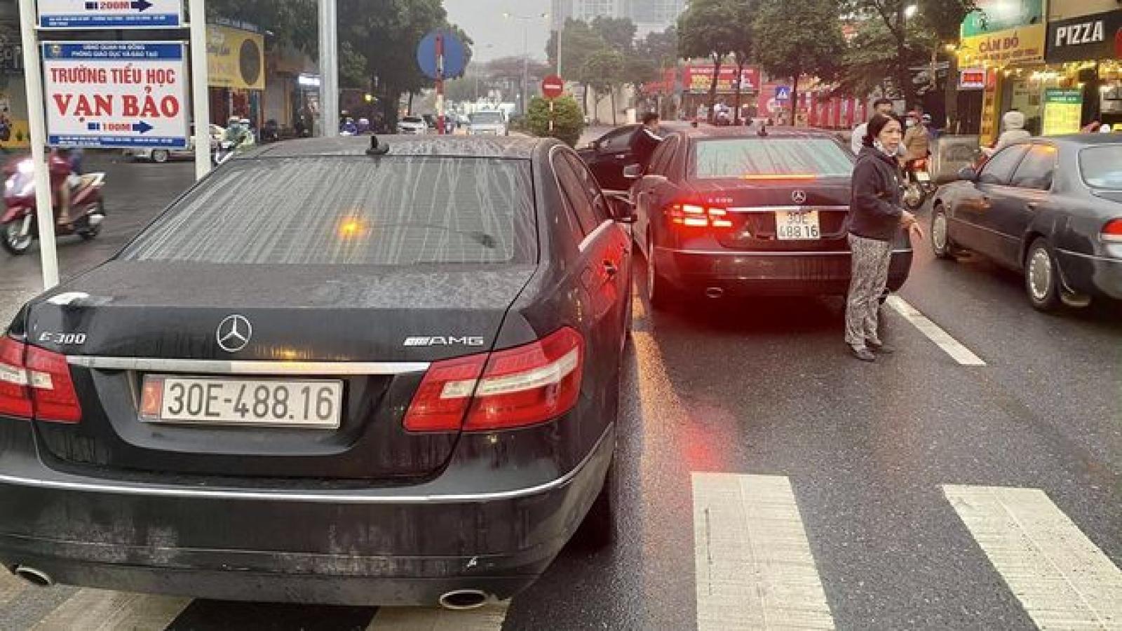 Vụ 2 xe Mercedes biển số giống hệt nhau: Trả lại xe gắn biển số thật