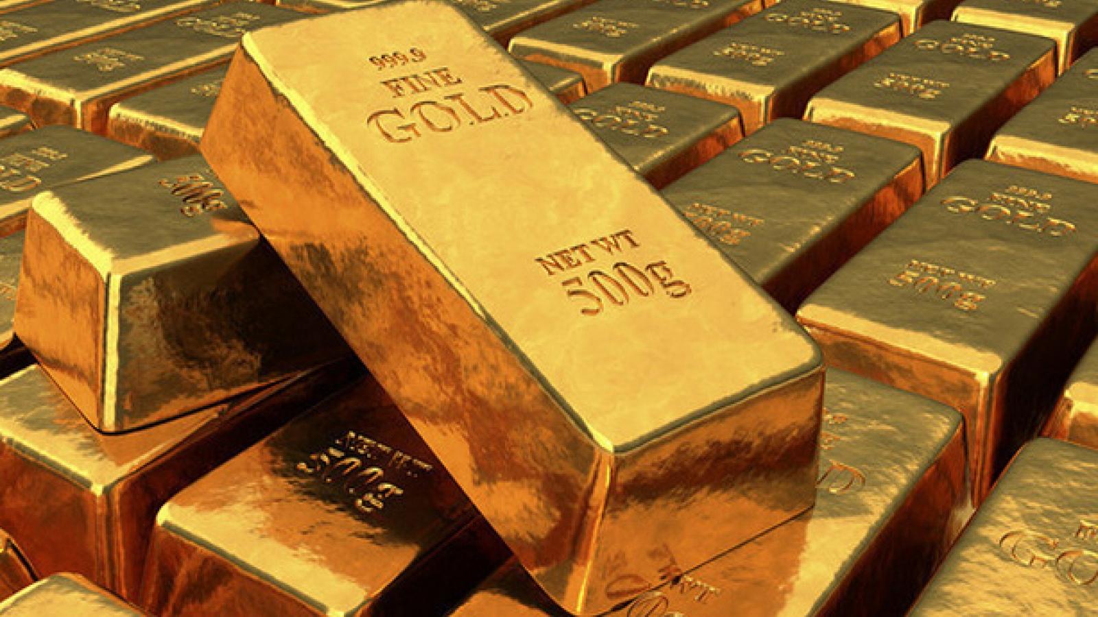 Giá vàng SJC tiếp đà lao dốc, rời xa mốc 55 triệu đồng/lượng