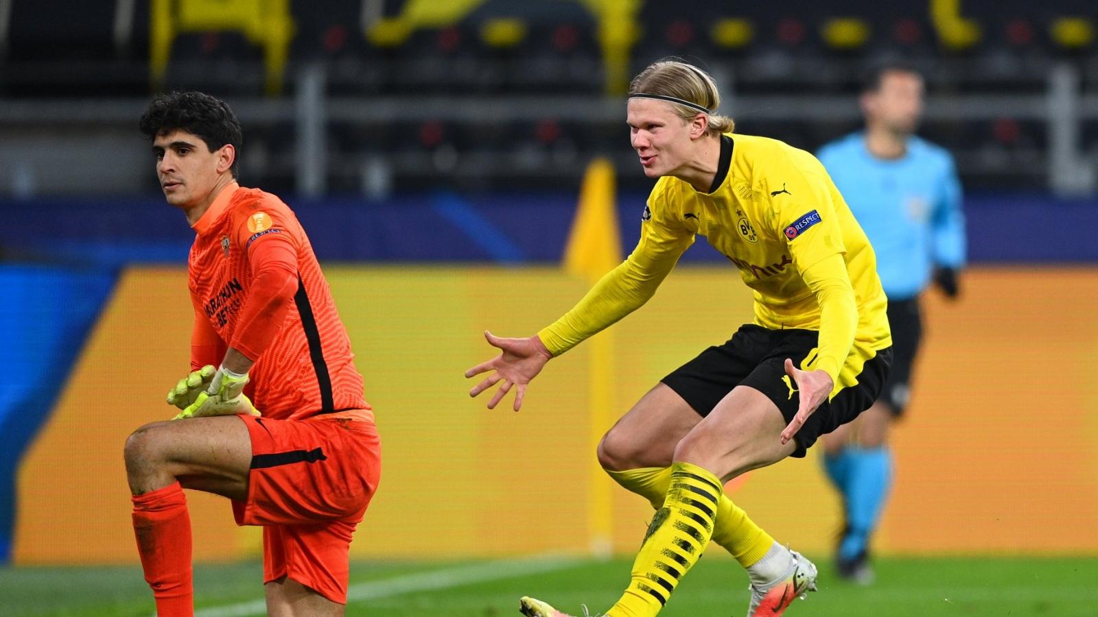 """Haaland trêu ngươi đối thủ sau tình huống VAR """"hại não"""" nhất lịch sử Champions League"""