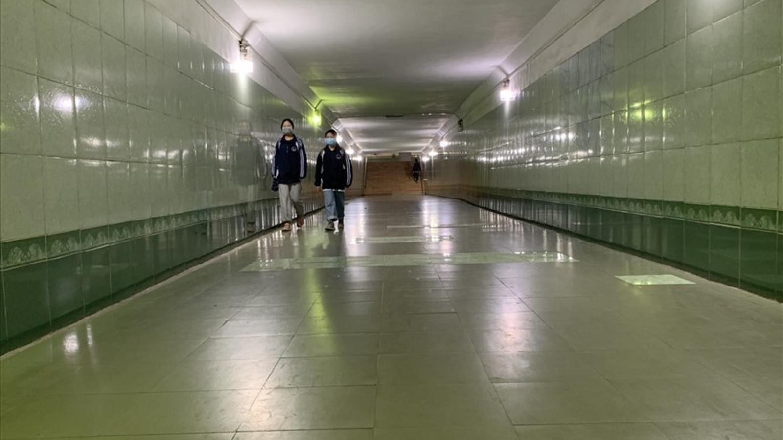 Hầm bộ hành ở Hà Nội: Đầu tư nhiều, hiệu quả thấp