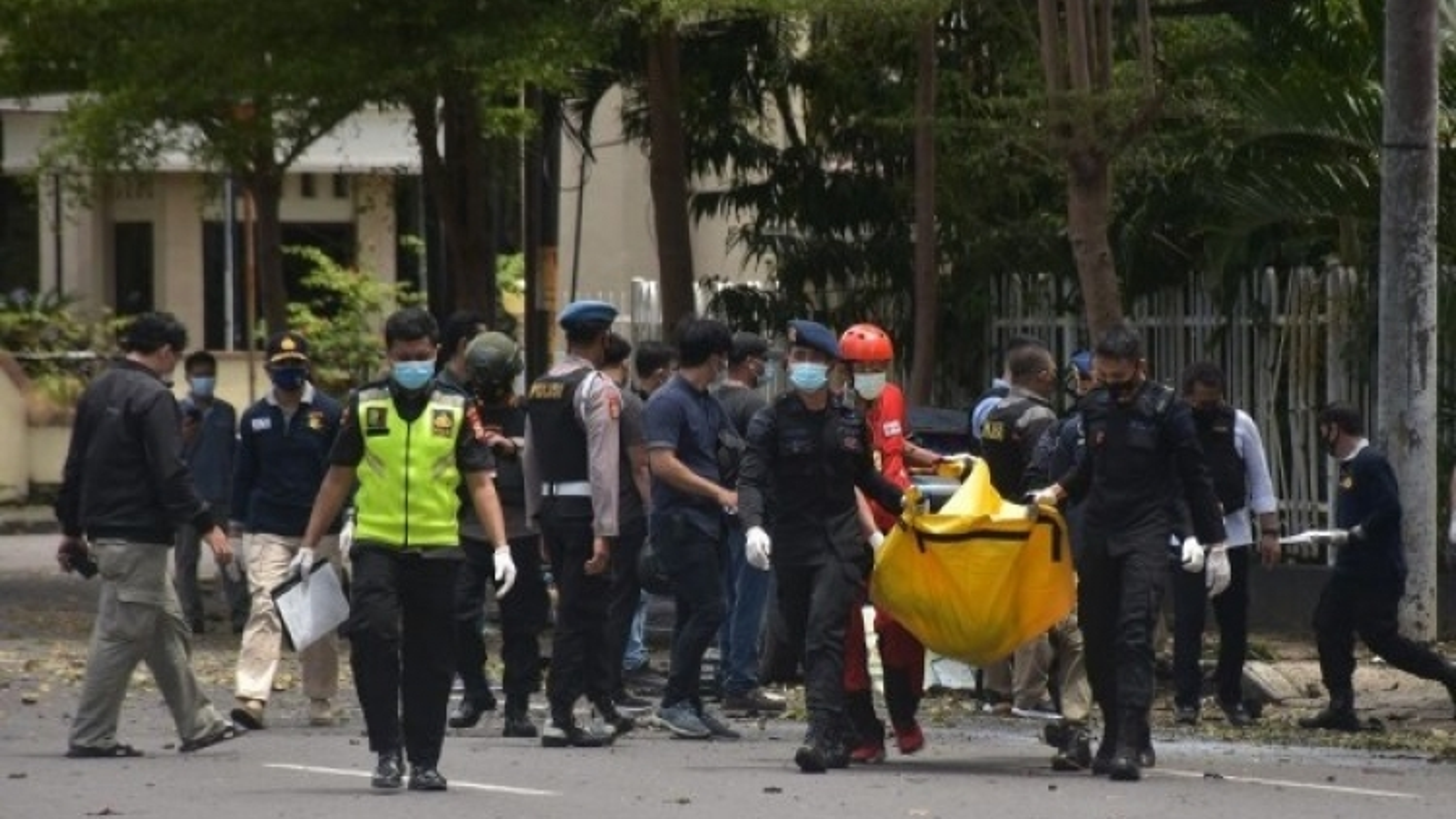 Thủ phạm đánh bom liều chết ở nhà thờ Công giáo Indonesia có liên hệ với IS