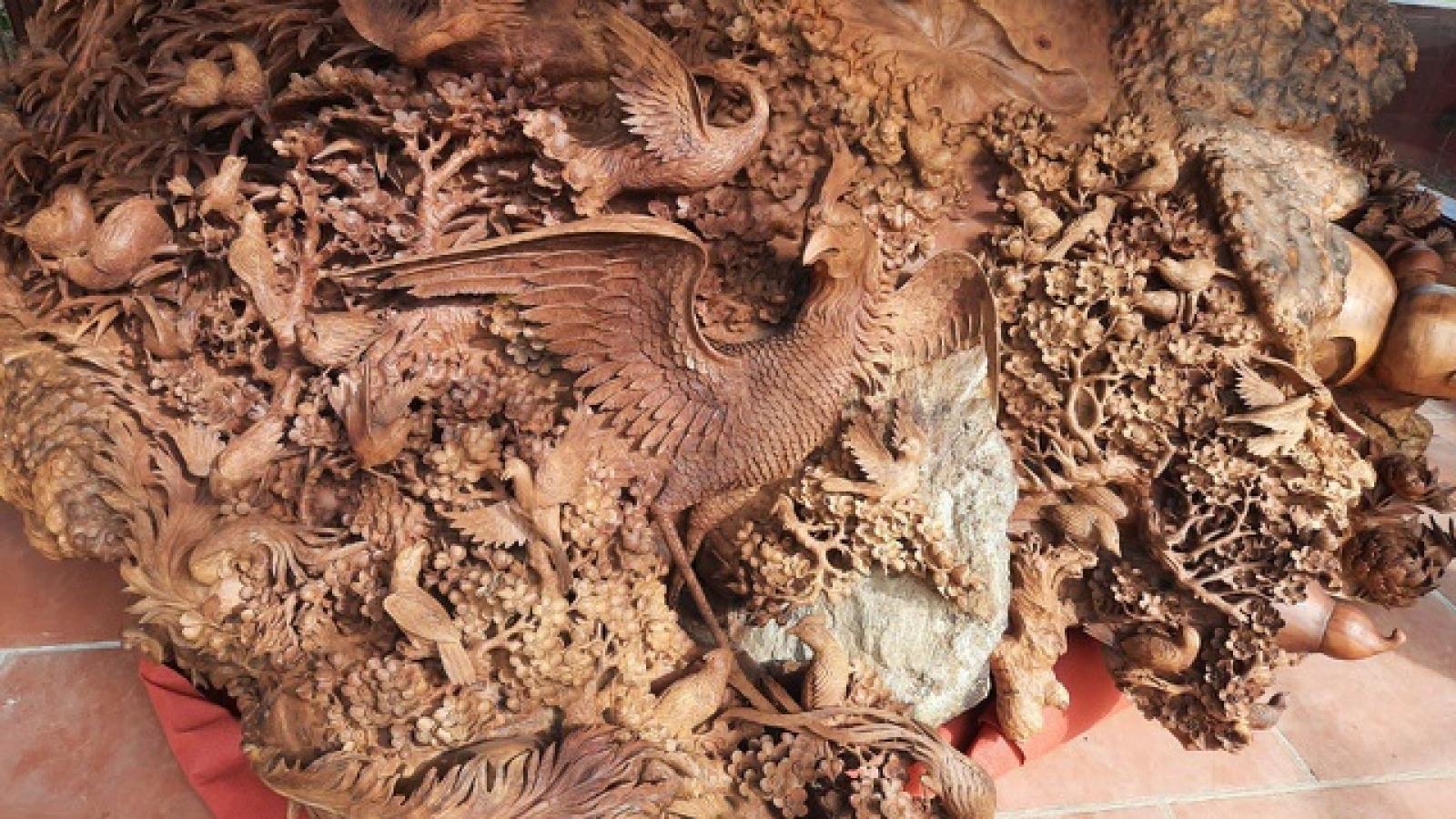 """Bình hồ lô gỗ """"siêu to khổng lồ"""" 89, nặng 6 tấn độc nhất Việt Nam"""