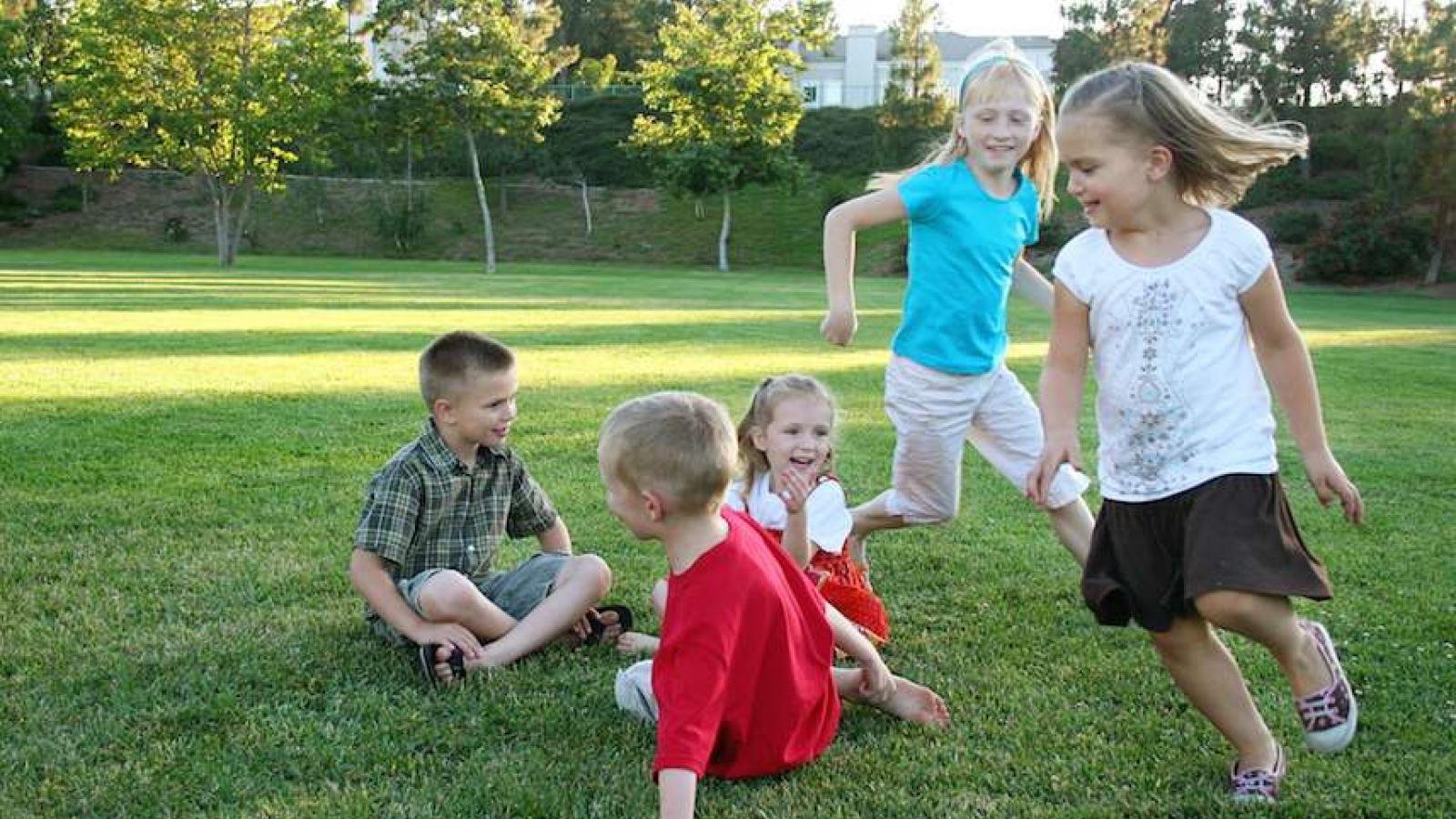 Lời khuyên hữu ích khi cho trẻ hoạt động ngoài trời