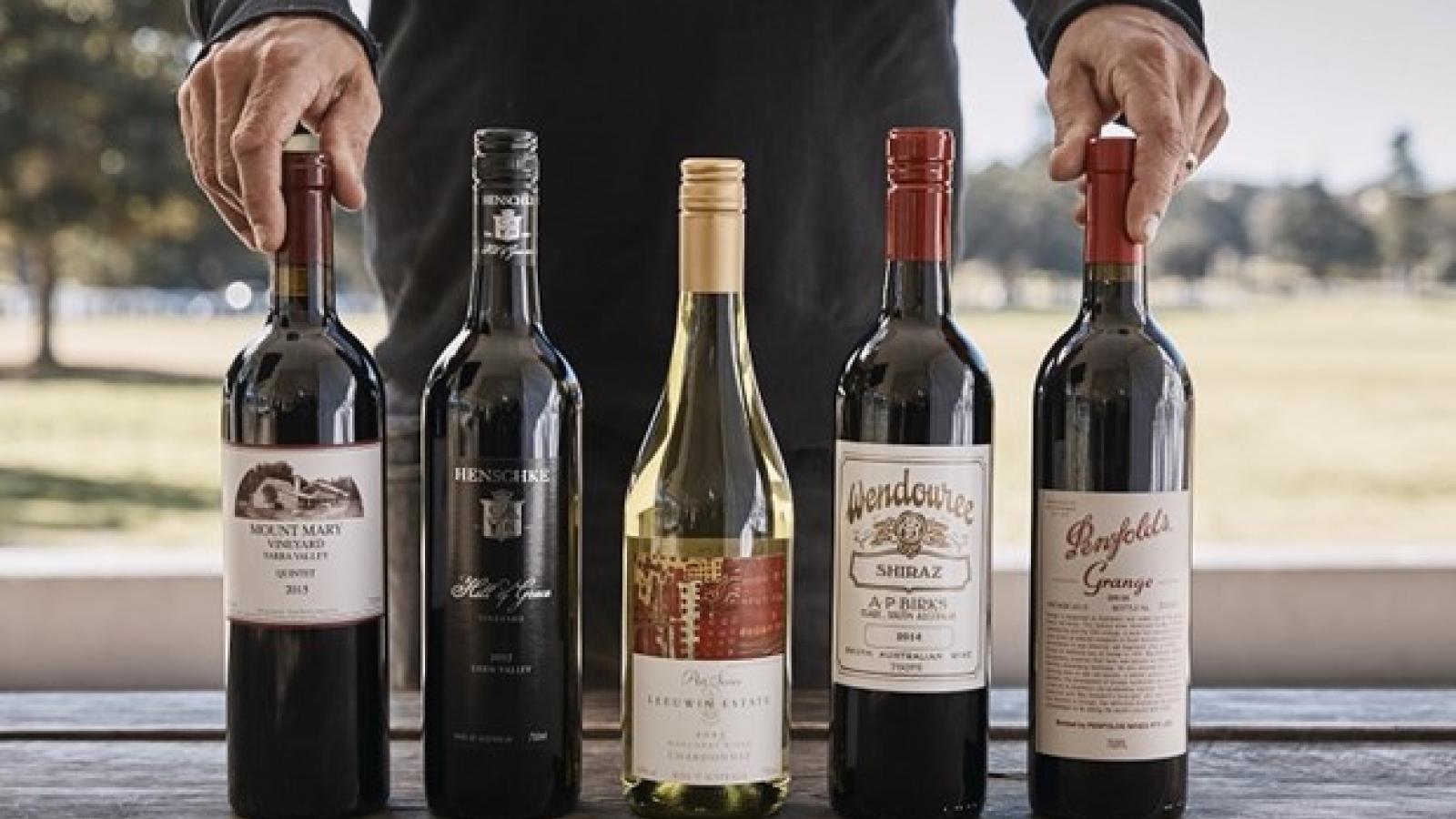 Trung Quốc áp mức thuế gần 220% lên rượu vang của Australia