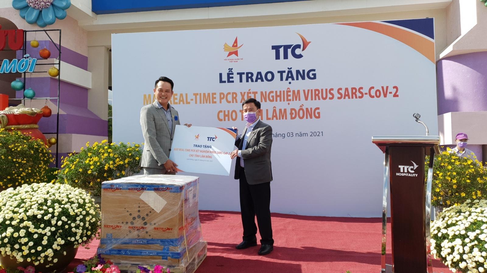 Lâm Đồng tiếp nhận máy xét nghiệm SARS-CoV-2