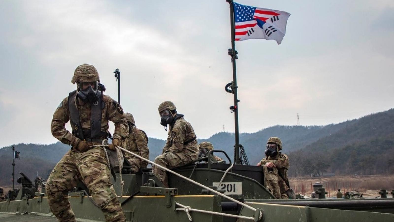 Quân đội Mỹ, Hàn Quốc tập trận chung bất chấp Covid-19