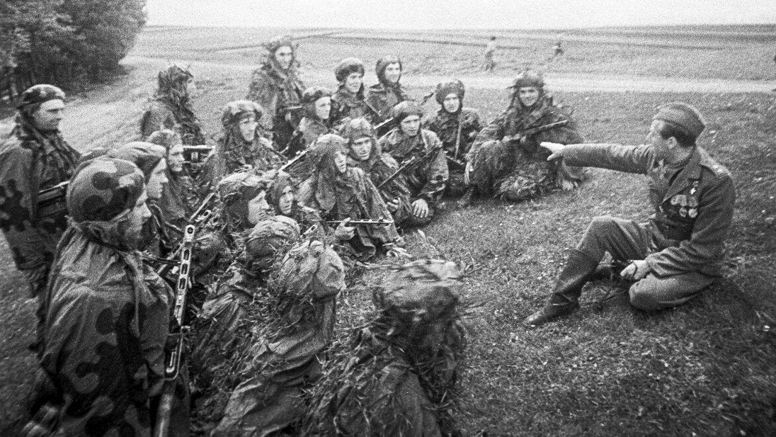 Quân Slovakia chiến đấu cho phát xít Đức rồi lại chiến đấu cho Liên Xô ra sao?