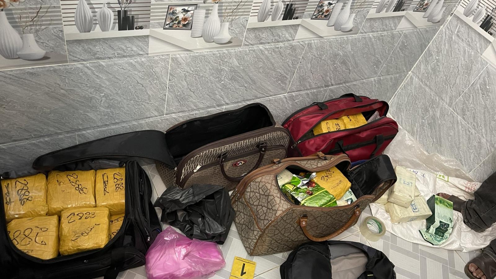 Lực lượng Công an thu giữ hơn 300kg heroin và ma túy tổng hợp