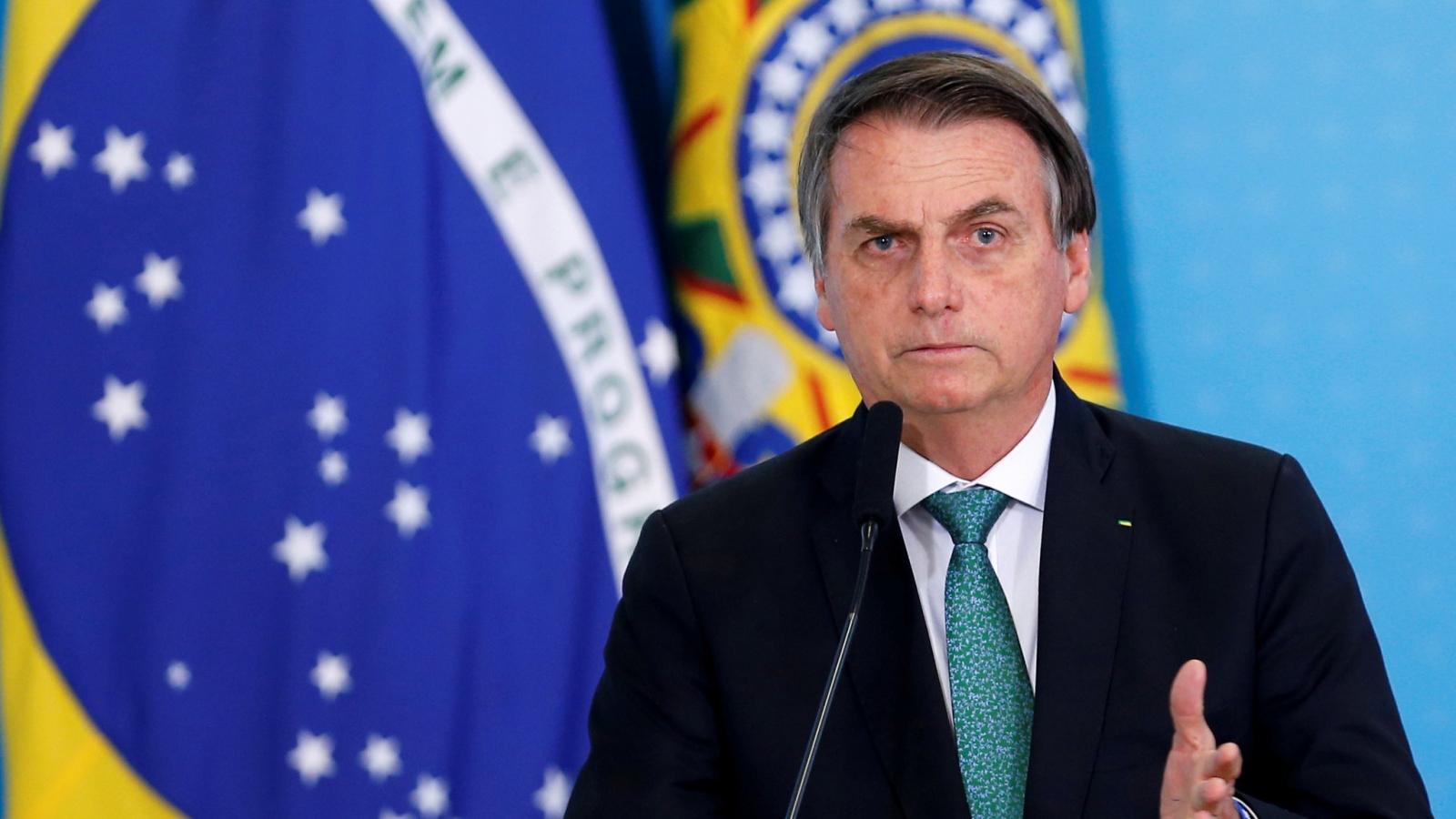 Dịch Covid-19 phức tạp, Tổng thống Brazil thúc đẩy tiêm chủng