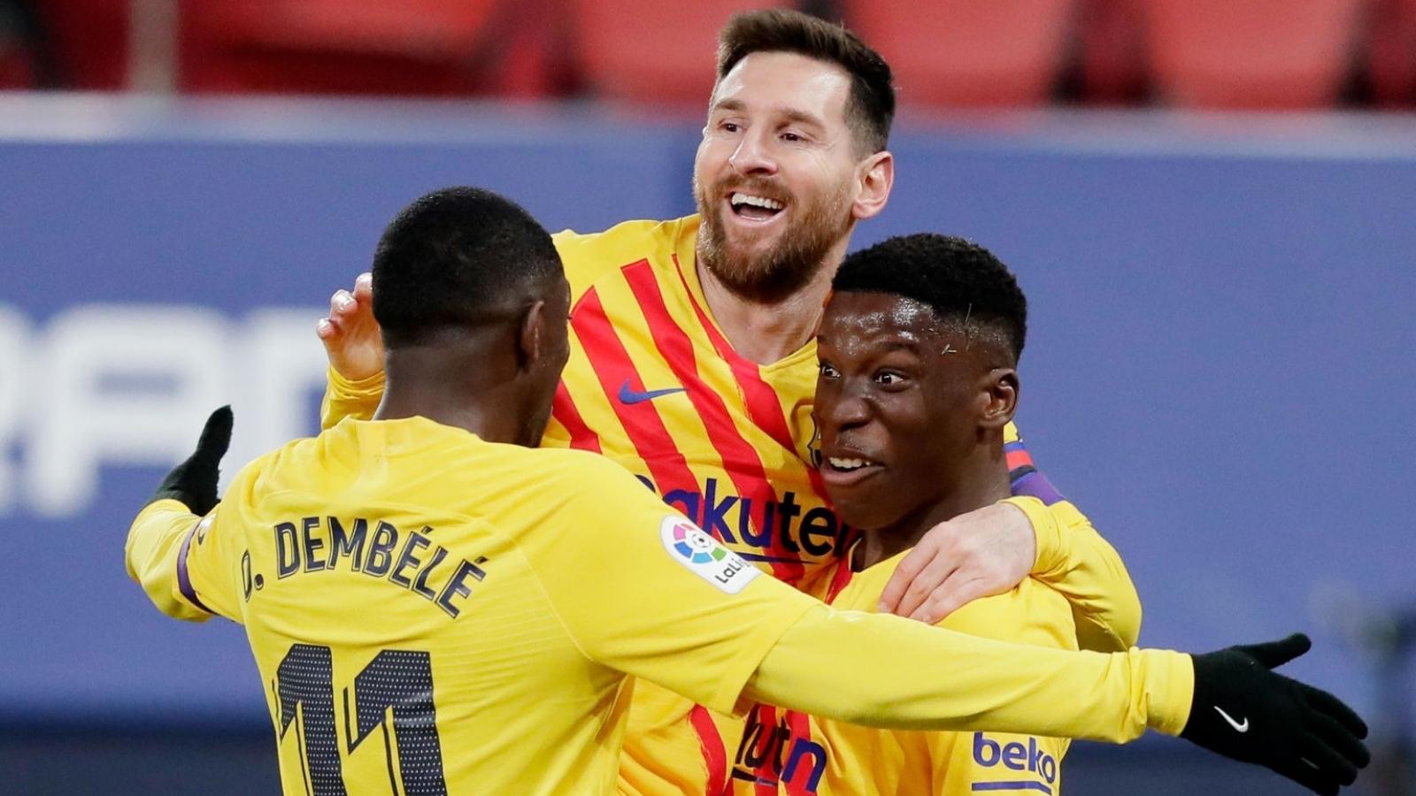 """Messi kiến tạo """"thần sầu"""", Barca chỉ còn kém Atletico Madrid 2 điểm"""