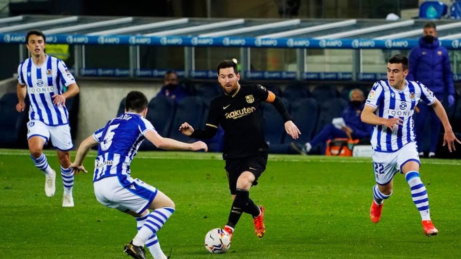 """Messi rực sáng, Barca """"đánh tennis"""" trước Real Sociedad"""