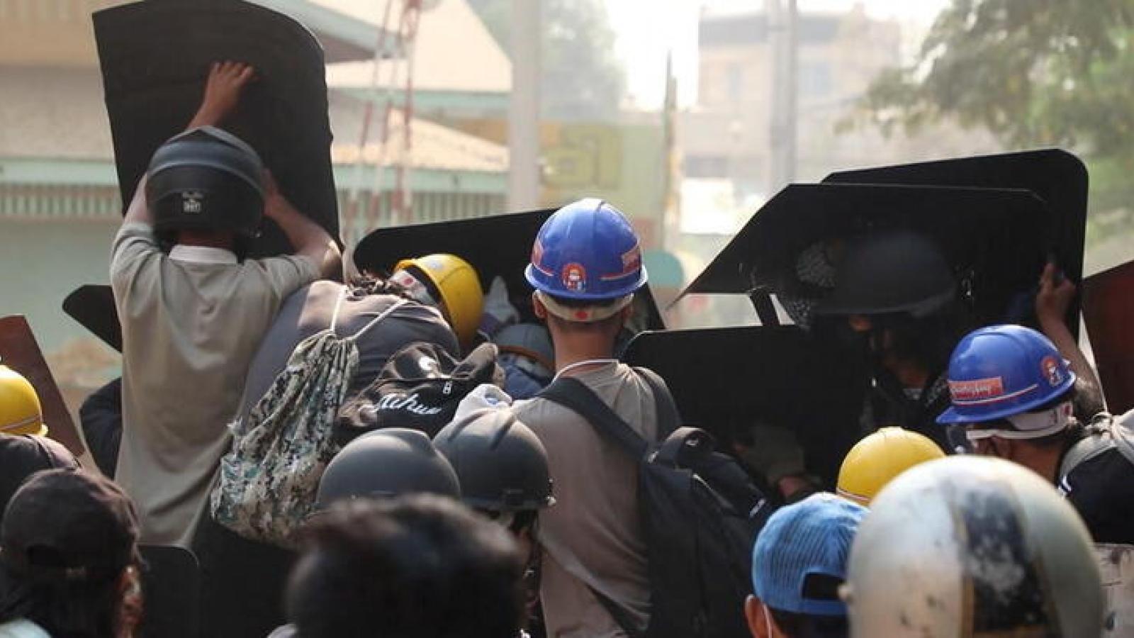 Biểu tình diễn ra tại nhiều thành phố Myanmar