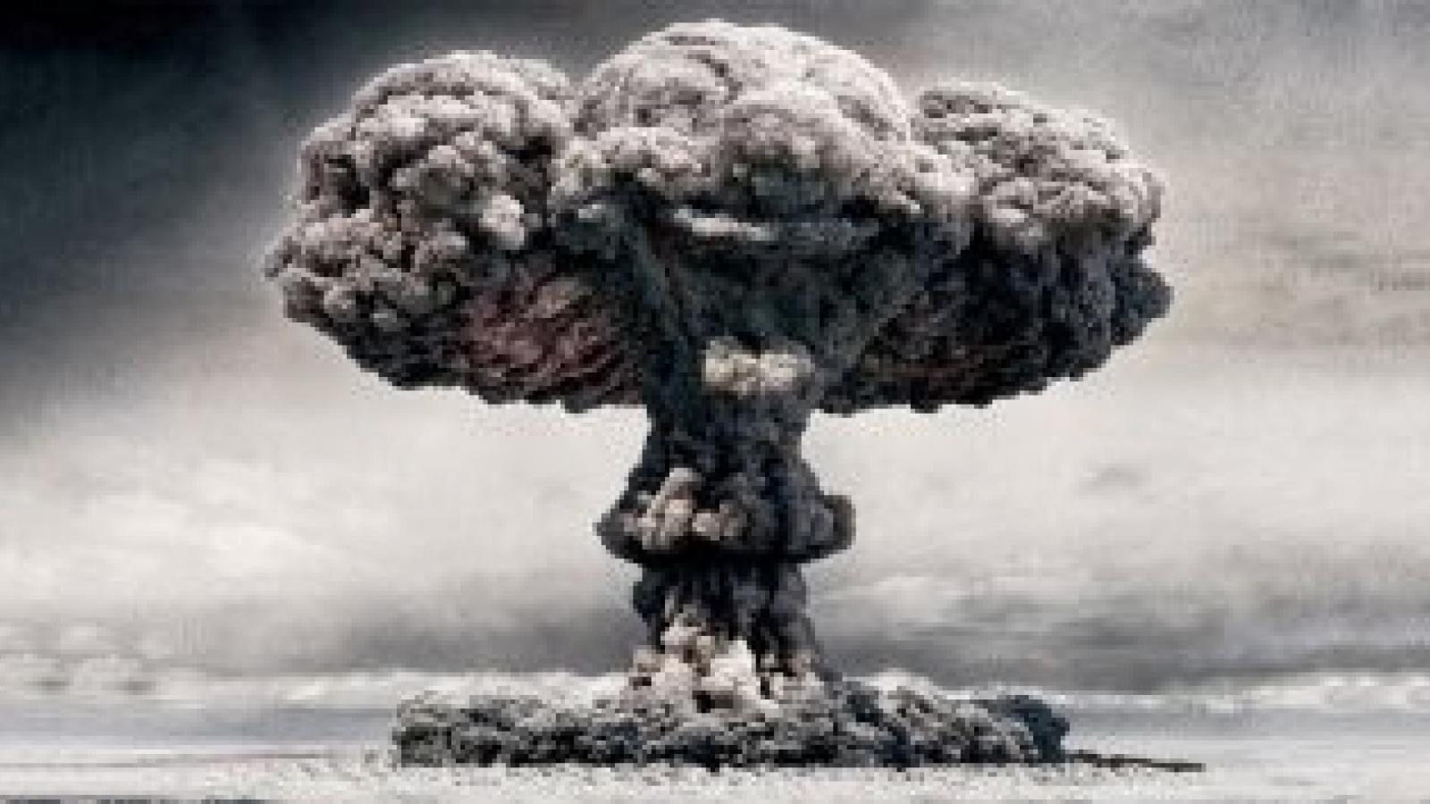 Người Mỹ Do Thái và Pháp giúp Israel chế tạo vũ khí hạt nhân như thế nào