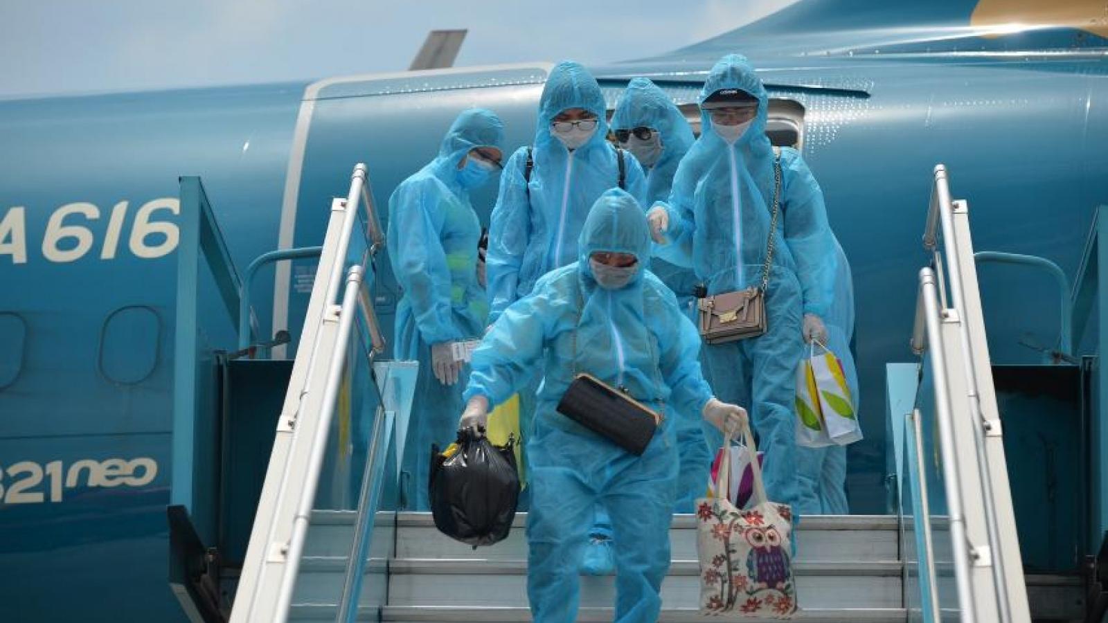 Khi nào các chuyến bay quốc tế chở khách được vào Việt Nam?