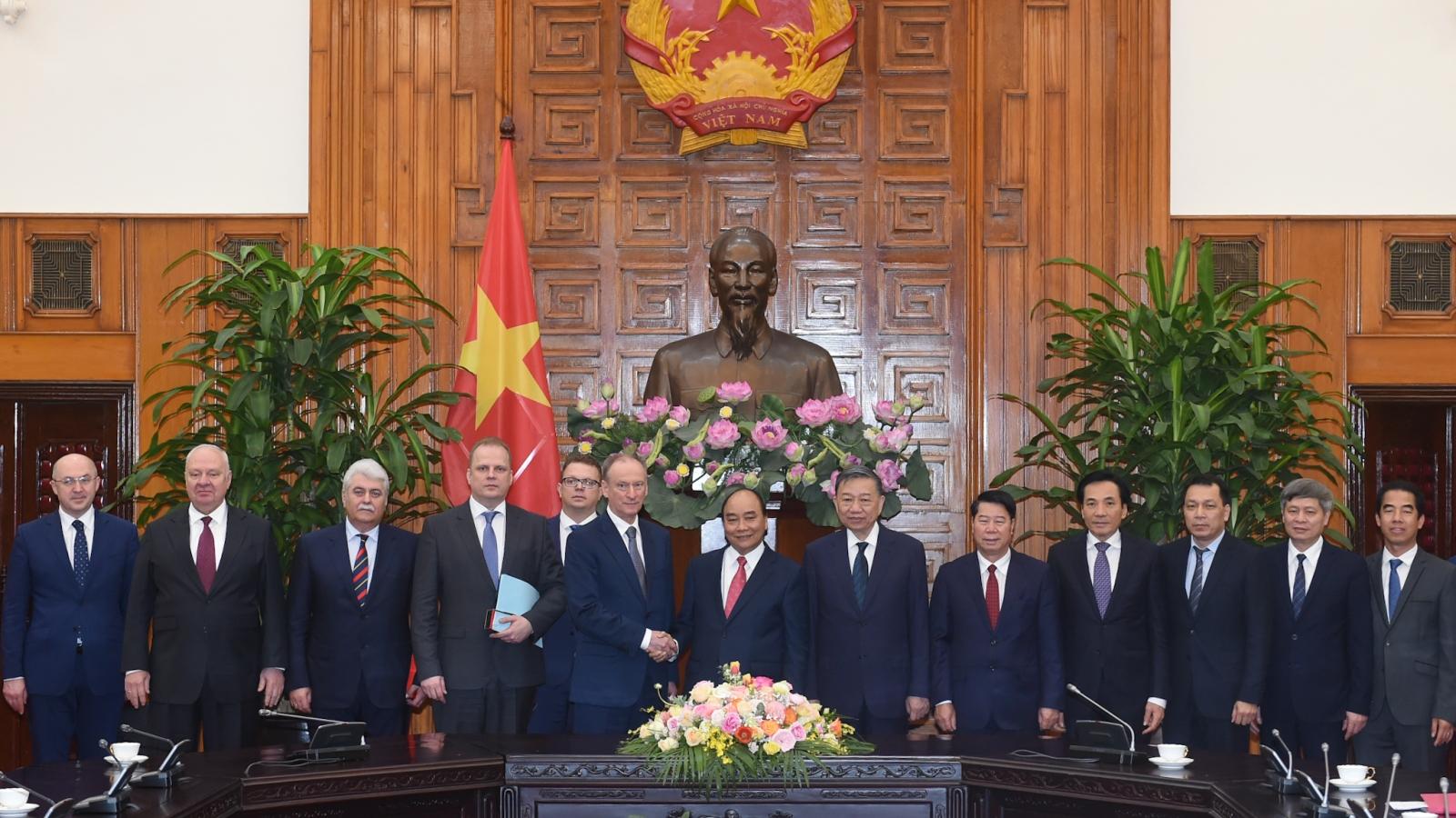 Thủ tướng Nguyễn Xuân Phúc tiếp Thư ký Hội đồng an ninh quốc gia Nga